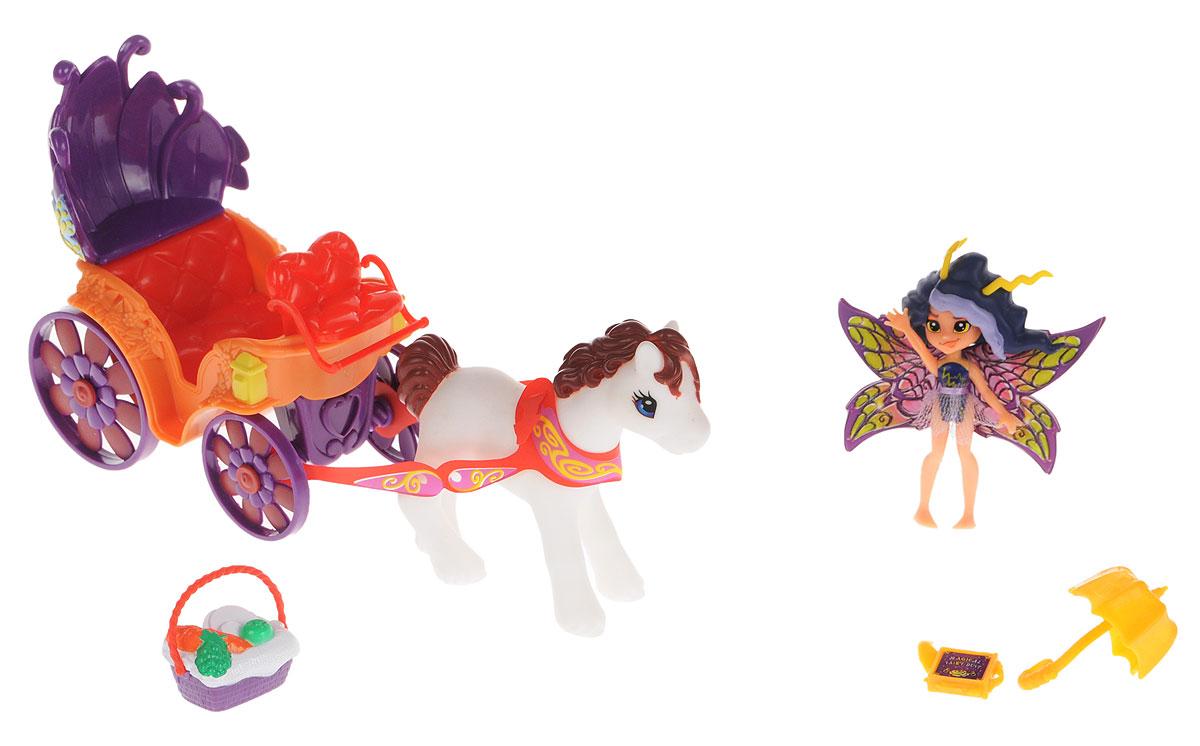 Lanard Игровой набор Фея Вольтесса84209-2Игровой набор Lanard Фея Вольтесса обязательно понравится каждой девочке. Очаровательная маленькая фея приведет в восторг любую девочку - только посмотрите на эти яркие переливающиеся крылья и милое личико. Милая фея и ее пони познакомят девочку с волшебным миром, в котором она живет, и посвятят ребенка во все тайны жизни этих прекрасных созданий. Фигурка имеет запоминающуюся внешность и ярко декорированные крыльями. Голова, ручки и ножки двигаются, а головку можно поворачивать. Вольтесса собирается на пикник, поэтому с собой у нее традиционная корзинка со вкусной едой и пони запряженный в карету-ландо. Очаровательная фея надолго завладеет вниманием ребенка, а входящие в набор аксессуары разнообразят игровой процесс.