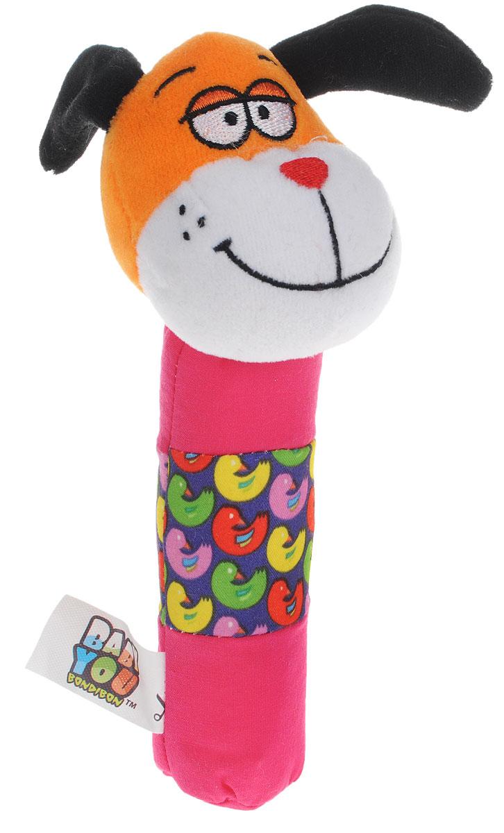 Bondibon Мягкая игрушка-погремушка Собачка-пищалкаВВ1286_собакаМягкая игрушка-погремушка Собачка не оставит вашего малыша равнодушным и не позволит ему скучать. Игрушка выполнена из высококачественных текстильных материалов и мягкого наполнителя. Внутри ушек спрятаны шуршащие элементы. Собачка всегда успокоит вашего малыша, а приятный звук погремушки отвлечет от беспокойства. Если нажать на игрушку, она издаст негромкий звук. Яркая игрушка формирует тактильные ощущения, восприятие звуков, цветов и форм. В процессе игры развивается мелкая моторика и воображение вашего ребенка.