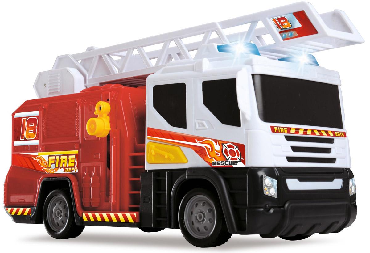 Dickie Toys Пожарная машина с лестницей3746003Пожарная машина с лестницей Dickie Toys привлечет внимание вашего ребенка и не позволит ему скучать. Игрушка выполнена из прочного пластика в виде хорошо детализированной пожарной машины. Лестница поднимается с помощью специального рычага, и выдвигается вперед. Для придания большей реалистичности машина оснащена световыми и звуковыми эффектами, которые включаются кнопкой на правой стороне кабины. Ваш ребенок сможет часами играть с пожарной машиной, придумывая разные истории. Порадуйте его таким замечательным подарком! Для работы игрушки необходимы 2 батарейки типа АА напряжением 1,5V (товар комплектуется демонстрационными).