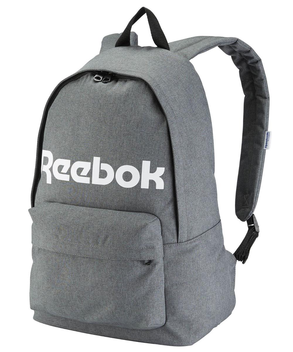 Рюкзак городской Reebok Cl Royal Backpack, цвет: темно-серыйAY3367Рюкзак Reebok CL Royal Backpack из плотного текстиля с гладкой подкладкой. Плоская ручка, одно отделение на молнии, один внешний карман на молнии, один внутренний карман на молнии, уплотненные плечевые лямки. Высота - 44 см, ширина дна - 19 см, длина ручек - 17 см, ширина - 31 см.