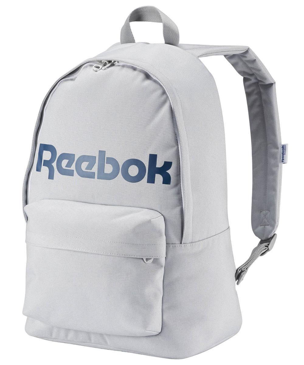 Рюкзак городской Reebok Cl Royal Backpack, цвет: серыйAY3368Рюкзак Reebok CL Royal Backpack из плотного текстиля с гладкой подкладкой. Плоская ручка, одно отделение на молнии, один внешний карман на молнии, один внутренний карман на молнии, уплотненные плечевые лямки. Высота - 44 см, ширина дна - 19 см, длина ручек - 17 см, ширина - 31 см.