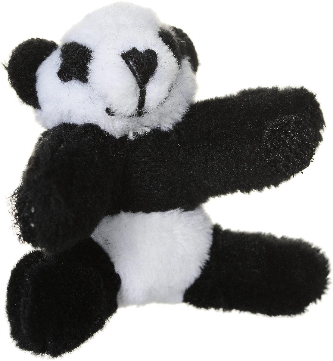 Beanzees Мягкая игрушка Панда Bamboo 5 смB31001_13Очаровательная мягкая игрушка Beanzees Панда Bamboo подарит своей владелице море позитивных эмоций. Мягкие игрушки Beanzees - крошечные плюшевые животные. С помощью липучек на лапках зверюшек можно скреплять игрушки в браслеты и ожерелья или просто украсить комнату гирляндой из них. Животики фигурок заполнены гранулами, что делает их очень приятными на ощупь, развивает тактильные ощущения и помогает снять эмоциональное напряжение!