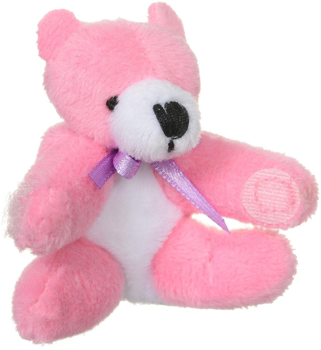 Beanzees Мягкая игрушка Мишка Boomer 5 смB31001_розовый мишкаОчаровательная мягкая игрушка Beanzees Мишка Boomer подарит своей владелице море позитивных эмоций. Мягкие игрушки Beanzees - это крошечные плюшевые животные. На передних лапках игрушек расположены маленькие липучки. С помощью этих липучек можно скреплять игрушки в браслеты и ожерелья или просто украсить комнату гирляндой из них. Игрушку можно повесить на сумку, или украсить ею карандаш или ручку. Животики фигурок заполнены гранулами, что делает их очень приятными на ощупь, развивает тактильные ощущения и помогает снять эмоциональное напряжение.