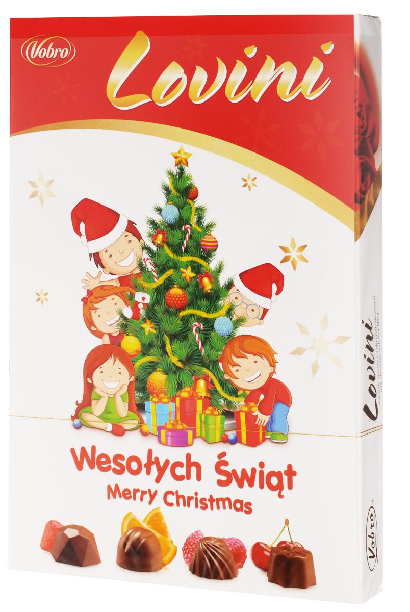 Vobro Lovini набор шоколадных конфет, 170 г11568Коробка конфет Vobro Lovini - это прекрасное предложение. Интенсивные фруктовые начинки в каждой пралине непременно поднимут настроение! И к тому же, молочный шоколад… Само наслаждение! В упаковке вы найдете 4 разных вида: клубничный, апельсиновый, малиновый и вишневый. Ничего удивительного, что эти конфеты очень любят дети. Привлекает внимание также фантастическая форма пралине, которые запоминаются надолго. Ничего, кроме наслаждения вкусом!