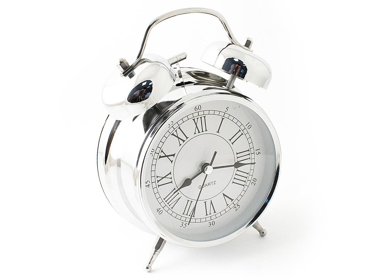 Часы настольные Эврика, цвет: хром, диаметр 10 см97493Чтобы утро было по-настоящему добрым, встречайте его с весёлым будильником. Классический дизайн будильника с металлическим молоточком и двумя колокольчиками впишется в любую обстановку. Питание осуществляется от 2х батареек тип АА (пальчики). Встроенная подсветка включается кнопкой на задней панели. Тип хода стрелок прямой, тип механизма - тикающий. Материал: металл, стекло Упаковка: картонная коробка