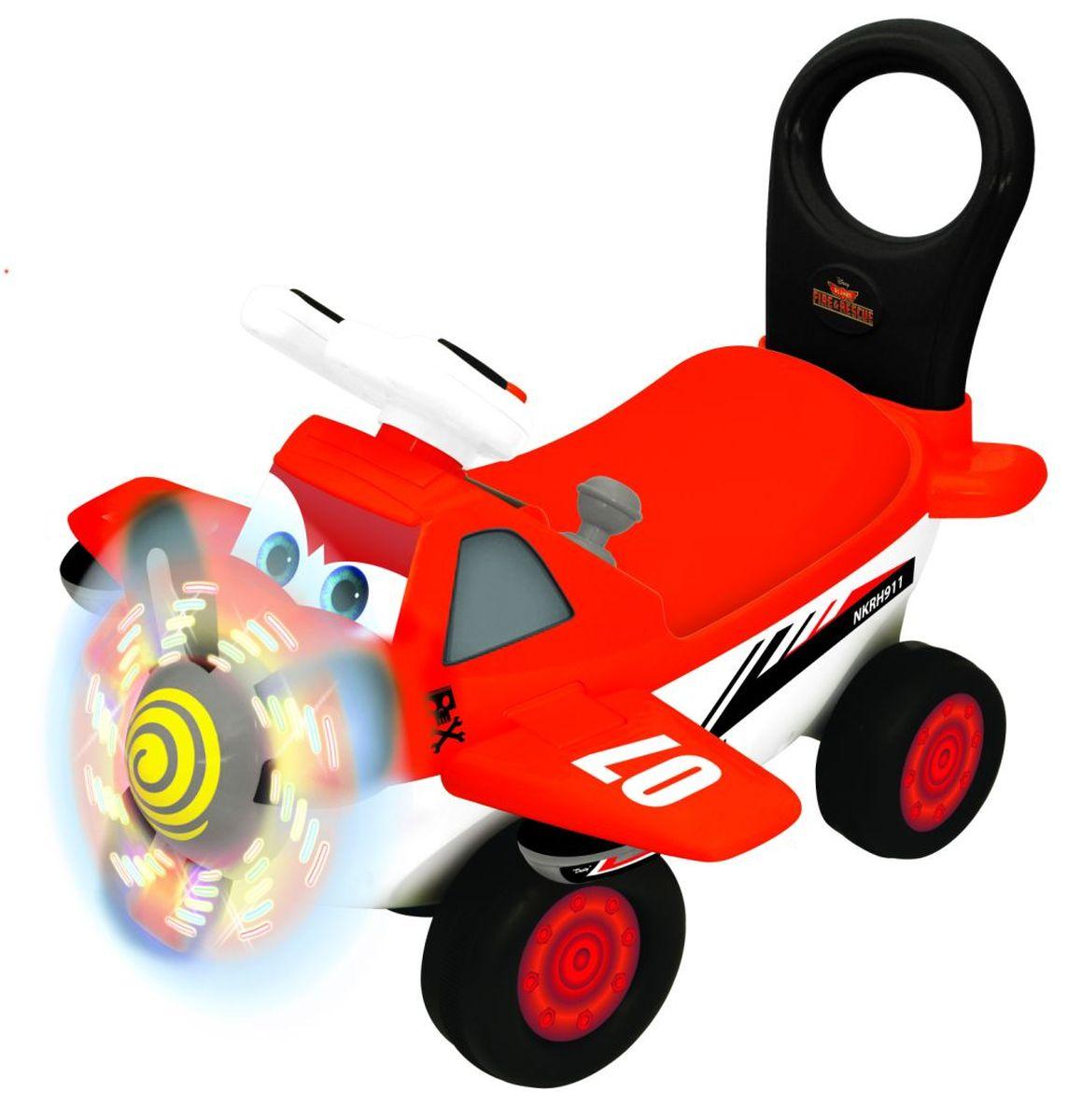 Kiddieland Каталка-пушкар Самолет ДастиKID 052134Каталка - пушкар Дасти - Дасти главный герой мультфильма Самолеты (Planes), это пропеллерный самолетик,у которого огромное сердце, но страх высоты еще больше.И чтобы побороть свой страх, он участвует в самых опасных авиа-гонках, которые когда - либо проводились.С помощью друзей Дасти достигает таких высот, о которых он раньше, и мечтать не мог и заставляет мир замереть от восхищения. Дасти был сконструирован, чтобы орошать поля, но этот скромный самолет всегда мечтал о большем, а точнее — о высшем! Его совершенно не смущает, что он не предназначен для гоночных полетов, и даже врожденная боязнь высоты не может остановить его на пути к мечте… С помощью своих друзей и при поддержке заслуженного ветерана воздушных сражений Второй Мировой, который согласился, хоть и не без уговоров, поделиться своим ценным опытом, этот амбициозный самолетик решается на самое крутое приключение своей жизни. Сойдясь пропеллер к пропеллеру с профессионалами гоночных полетов, Дасти достигает немыслимых...