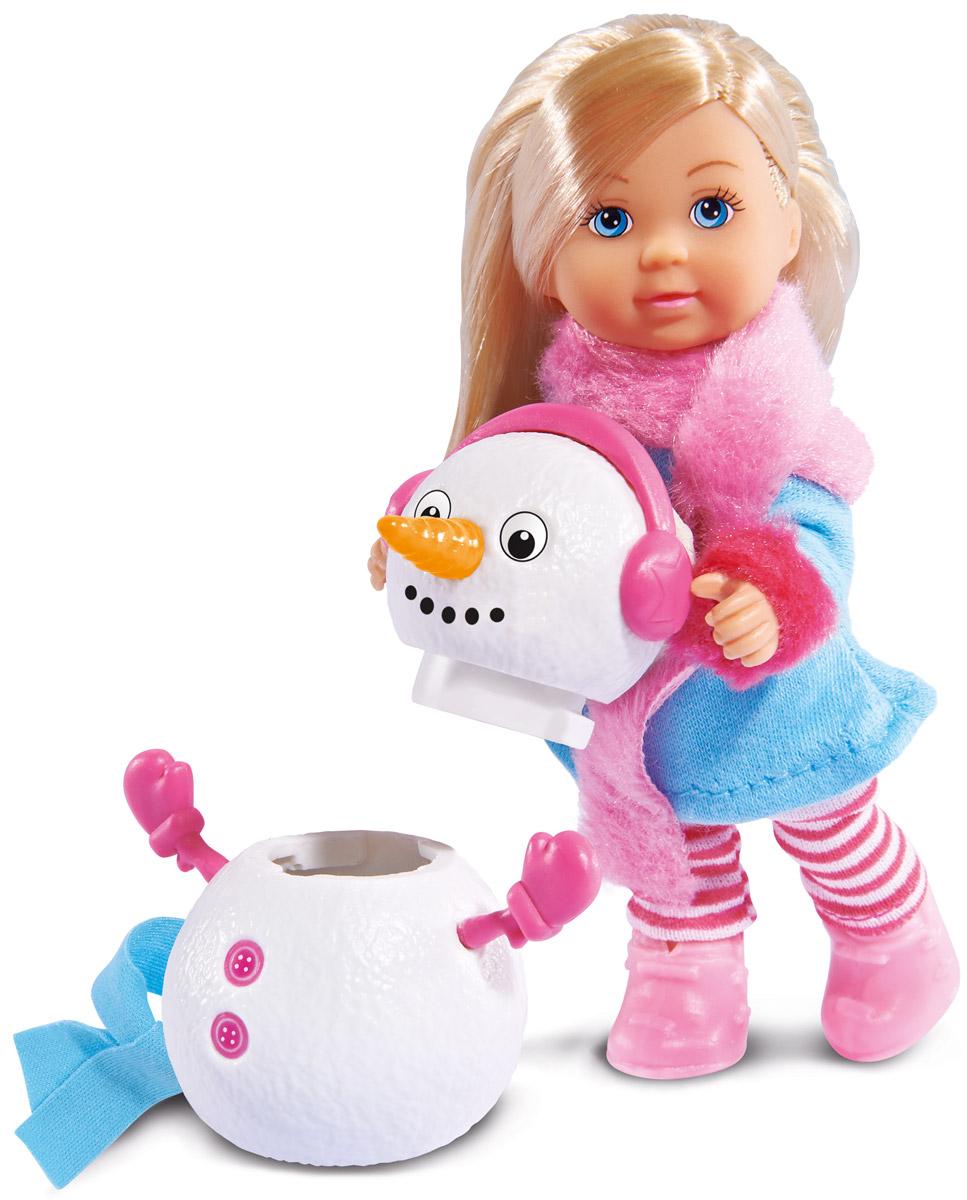 Simba Кукла Еви и снеговик5732805Кукла Simba Еви и снеговик порадует любую девочку и надолго увлечет ее. Для прогулки зимой у куклы есть все необходимое: теплая одежда и друг-снеговик. Снеговика можно разбирать и собирать заново. Малышка Еви одета в очаровательный зимний костюм с длинным шарфом и в розовые ботиночки. Руки, ноги и голова куклы подвижны, благодаря чему ей можно придавать разнообразные позы. Игры с куклой способствуют эмоциональному развитию, помогают формировать воображение и художественный вкус, а также разовьют в вашей малышке чувство ответственности и заботы. Великолепное качество исполнения делают эту куколку чудесным подарком к любому празднику.