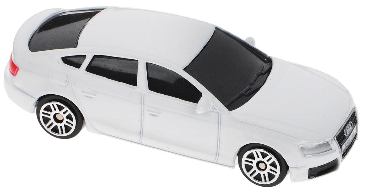 Uni-Fortune Toys Модель автомобиля Audi A5 Sportback344012SAudi A5 - спортивный автомобиль, производимый немецким aвтопроизводителем Audi с 2007 года на заводе в Ингольштадте. Audi A5 была одновременно представлена на Женевском автосалоне и Мельбурнском международном автосалоне 6 марта 2007 года. Производитель позиционирует модель как автомобиль класса Гран туризмо, тем самым заявляя его как конкурента BMW E92 (купе BMW 3-серии) и Mercedes-Benz CLK-Class (ныне выпускается как Mercedes-Benz E-Class Coupe). Благодаря броской внешности и великолепной точности машинка станет подлинным украшением любой коллекции авто. Модель выполнена в масштабе 1/64. Модель будет долго служить своему владельцу благодаря металлическому корпусу с элементами из пластика. Машинка обязательно понравится вашему ребенку и станет достойным экспонатом любой коллекции.