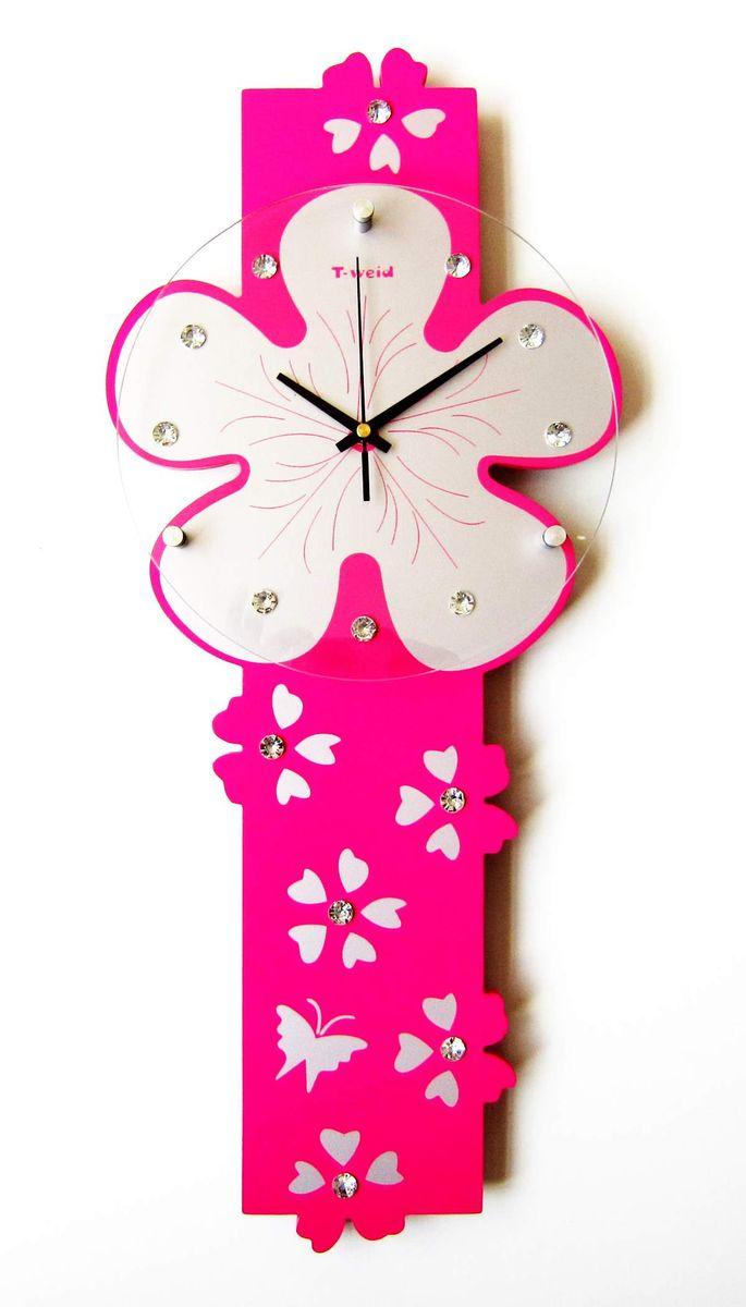 Часы настенные T-Weid, цвет: розовый, 25 х 59 х 5 смM 3101B PinkНастенные кварцевые часы - это прекрасный предмет декора, а также универсальный подарок практически по любому поводу. Корпус часов, выполнен из дерева с розовым матовым покрытием. Циферблат часов оснащен тремя фигурными стрелками: часовой, минутной и секундной. Часы украшены стразами. Циферблат и стрелки защищены прочным стеклом, который крепится четырьмя металлическими крепежами к корпусу. На задней стенке часов расположена металлическая петелька для подвешивания и блок с часовым механизмом. Часы прекрасно впишутся в любой интерьер. Тип механизма: плавающий, бесшумный. Рекомендуется докупить батарейку типа АА (не входит в комплект).