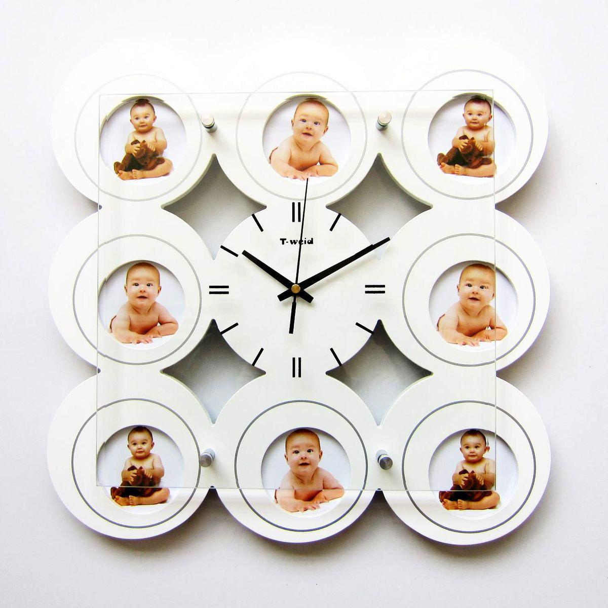 Часы настенные T-Weid, с фоторамками, цвет: белый, 39 х 39 х 5 см. M 3118B WhiteM 3118B WhiteНастенные кварцевые часы с фоторамками - это прекрасный предмет декора, а также универсальный подарок практически по любому поводу. Корпус часов, выполнен из дерева с белым матовым покрытием и оформлен восемью фоторамками. Циферблат часов оснащен тремя фигурными стрелками: часовой, минутной и секундной. Цифры и метки нанесены черной краской на серебристом фоне на внутренней стороне стекла. Циферблат и стрелки защищены прочным стеклом, который крепится четырьмя металлическими крепежами к корпусу. На задней стенке часов расположена металлическая петелька для подвешивания и блок с часовым механизмом. Часы с фоторамками прекрасно впишутся в любой интерьер. В зависимости оттого, что вы поместите в рамки, будет меняться и стиль часов. Тип механизма: плавающий, бесшумный. Рекомендуется докупить батарейку типа АА (не входит в комплект). для 8 фото 9 х 12 см.