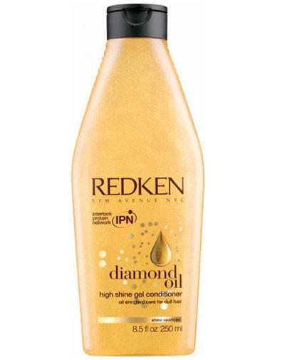 Redken Diamond Oil Кондиционер для увлажнения и блеска, 250 млP0995100Кондиционер Diamond Oil, обогащенный маслами для восстановления тонких волос, питает, придает волосам мерцающий блеск новое поколение уходов, облегчает расчесывание. Система Sparkling Oil Complex насыщают волосы влагой, придавая им невесомую текстуру и многогранный блеск.