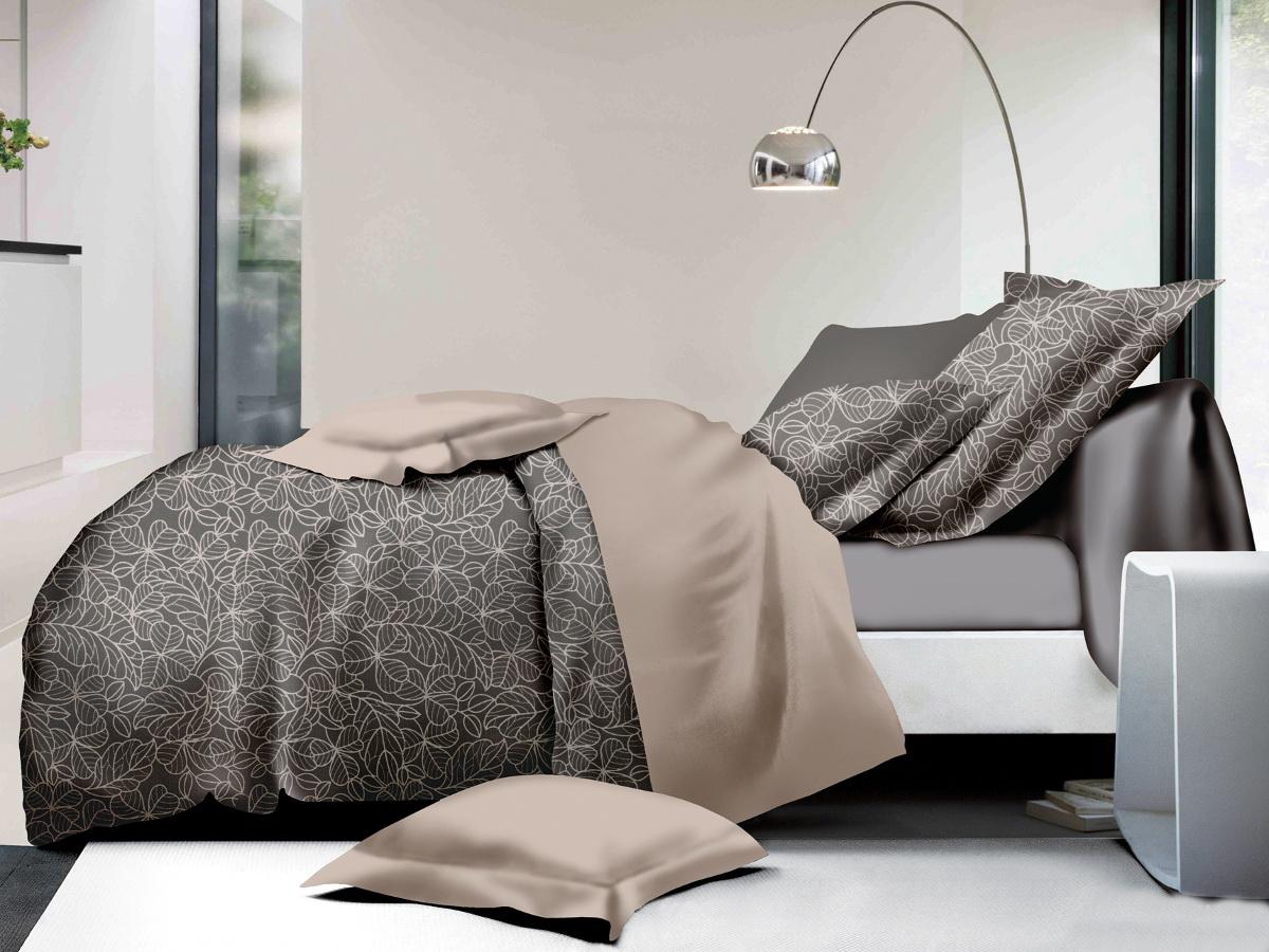 Комплект белья Cleo Нежный клевер, 1,5-спальный, наволочки 70х7015/006-PLКоллекция постельного белья из микросатина CLEO – совершенство экономии, но не на качестве! Благодаря новейшим технологиям микросатин – это прочность, легкость, простота в уходе, всегда яркие цвета после стирки. Микро-сатин набирает все большую популярность, благодаря своим уникальным характеристикам. Окраска материала - стойкая, цветовая палитра - яркая, насыщенная. Микро-сатин хорошо впитывает влагу, а после стирки быстро сохнет, становясь шелковистым на ощупь, мягким и воздушным. Комплект состоит из пододеяльника, двух наволочек и простыни.