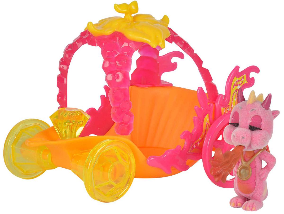 Simba Игровой набор Карета дракончиков Safiras цвет розовый оранжевый5952180-038Игровой набор Simba Карета дракончиков Safiras представлен флоковой фигуркой обаятельного дракончика с милой улыбкой и выразительными глазами и его карнавальной каретой, в которой он отправится на праздник. У дракончика за спиной очаровательные крылышки, а на хвосте маленькая кисточка. Карета выполнена в ярких цветах и богато украшена различными декоративными элементами. Все детали у фигурок выполнены из качественных материалов. Придумывая интересные сюжеты с набором, ваш малыш раскроет свою фантазию и воображение, а так же потренирует мелкую моторику рук.