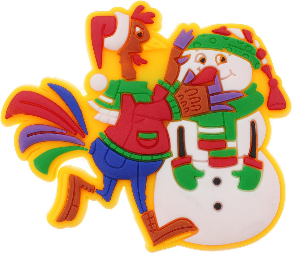 Магнит Magic Time Петушок и снеговик, 5 х 4,5 см42240Магнит Magic Time Петушок и снеговик, выполненный из ПВХ, прекрасно подойдет в качестве сувенира к Новому году или станет приятным презентом в обычный день. Магнит - одно из самых простых, недорогих и при этом оригинальных украшений интерьера. Он поможет вам украсить не только холодильник, но и любую другую магнитную поверхность.