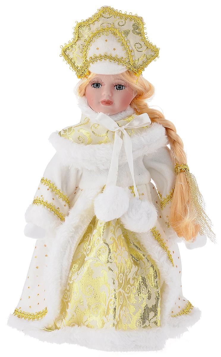 Кукла декоративная Magic Time Снегурочка Алечка, на подставке, высота 30 см41689Декоративная кукла Magic Time Снегурочка Алечка выполнена из высококачественной керамики. Туловище куклы мягкое набивное. Трогательные глаза обрамлены пышными ресницами, а светлые волосы заплетены в косу. Кукла максимально приближена к живому прототипу - юной леди с румянцем на щеках. Снегурочка наряжена в роскошную шубку декорированной тесьмой и блестками, а голова украшена кокошником. Кукла устанавливается на пластиковую подставку, благодаря которой вы можете поместить ее в любом понравившемся месте. Такая кукла займет достойное место в вашей коллекции или станет чудесным подарком на Новый год.