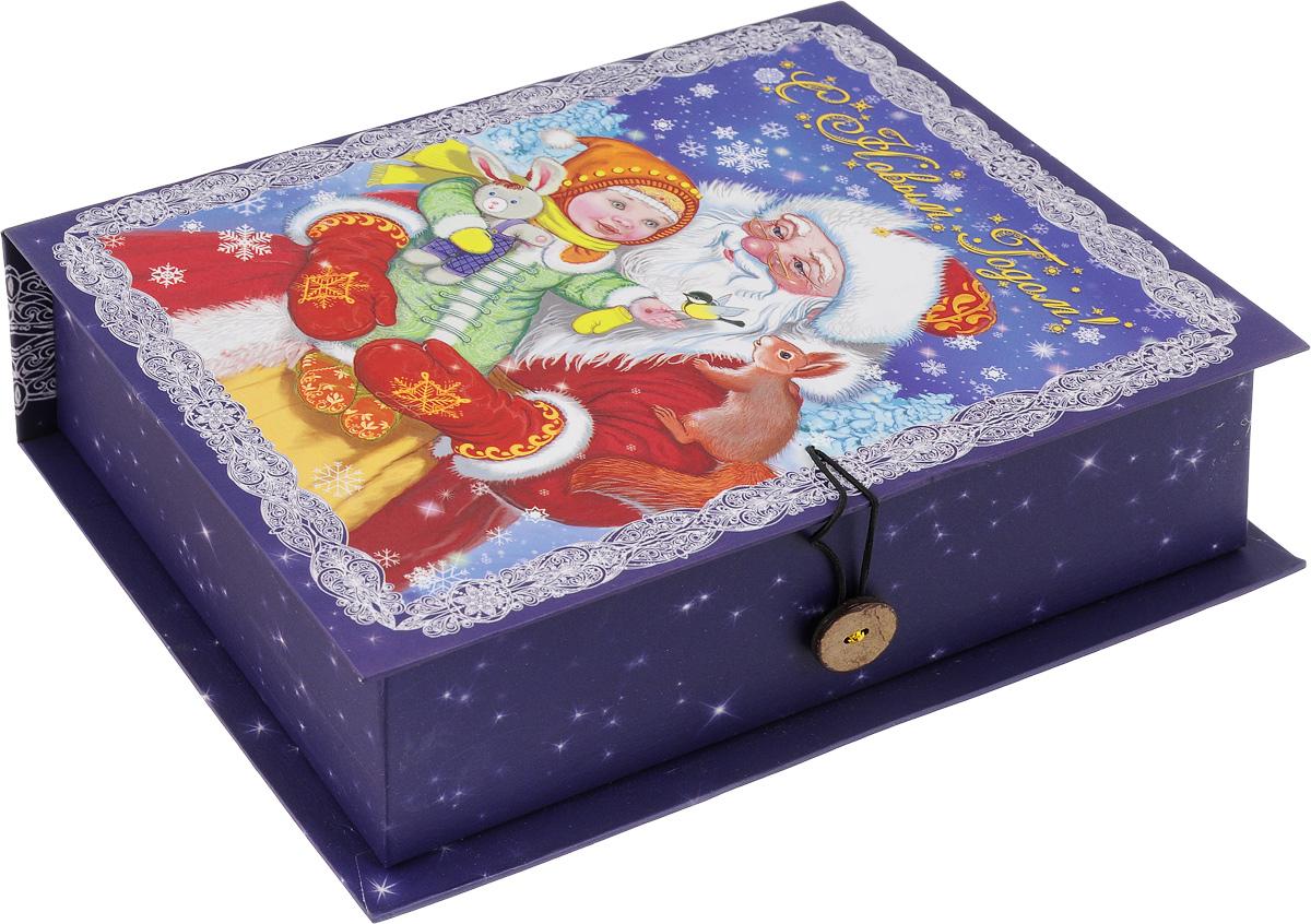 Коробка подарочная Феникс-Презент Дедушка Мороз с девочкой, 20 х 14 х 6 см41775Подарочная коробка Феникс-Презент Дедушка Мороз с девочкой, выполненная из плотного картона, закрывается на пуговицу. Крышка оформлена ярким изображением и надписью С Новым годом!. Подарочная коробка - это наилучшее решение, если вы хотите порадовать ваших близких и создать праздничное настроение, ведь подарок, преподнесенный в оригинальной упаковке, всегда будет самым эффектным и запоминающимся. Окружите близких людей вниманием и заботой, вручив презент в нарядном, праздничном оформлении. Плотность картона: 1100 г/м2.