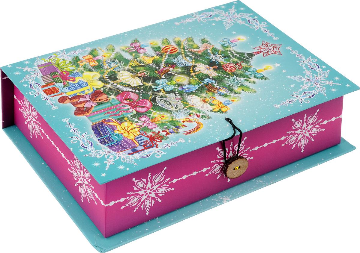 Коробка подарочная Феникс-Презент Пушистая елочка, 20 х 14 х 6 см41795Подарочная коробка Феникс-Презент Пушистая елочка, выполненная из плотного картона, закрывается на пуговицу. Крышка оформлена ярким изображением. Подарочная коробка - это наилучшее решение, если вы хотите порадовать ваших близких и создать праздничное настроение, ведь подарок, преподнесенный в оригинальной упаковке, всегда будет самым эффектным и запоминающимся. Окружите близких людей вниманием и заботой, вручив презент в нарядном, праздничном оформлении. Плотность картона: 1100 г/м2.