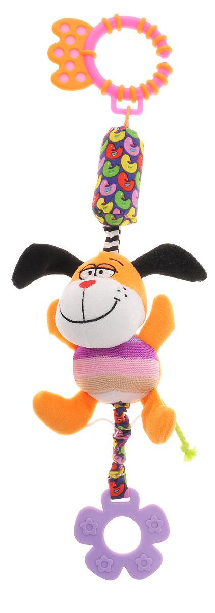 Bondibon Игрушка-подвеска Собака ВВ1287ВВ1287_собакаМягкая развивающая игрушка Собака изготовлена из ярких тканей разных цветов и разной фактуры. Как же весело и интересно ее рассматривать! Но держать ее в маленьких ручках еще интереснее, ведь она таит в себе столько приятных сюрпризов и удивительных открытий! Игрушка представляет собой забавную собачку на веревочке с погремушкой. В ушках спрятаны шуршащие элементы. К собачке прикреплен мягкий прорезыватель для зубов в виде цветочка. Собачку можно использовать в качестве подвески над кроваткой или коляской, прикрепив за практичное пластиковое кольцо. Яркая игрушка формирует тактильные ощущения, восприятие звуков, цветов и форм. В процессе игры развивается мелкая моторика и воображение вашего ребенка.