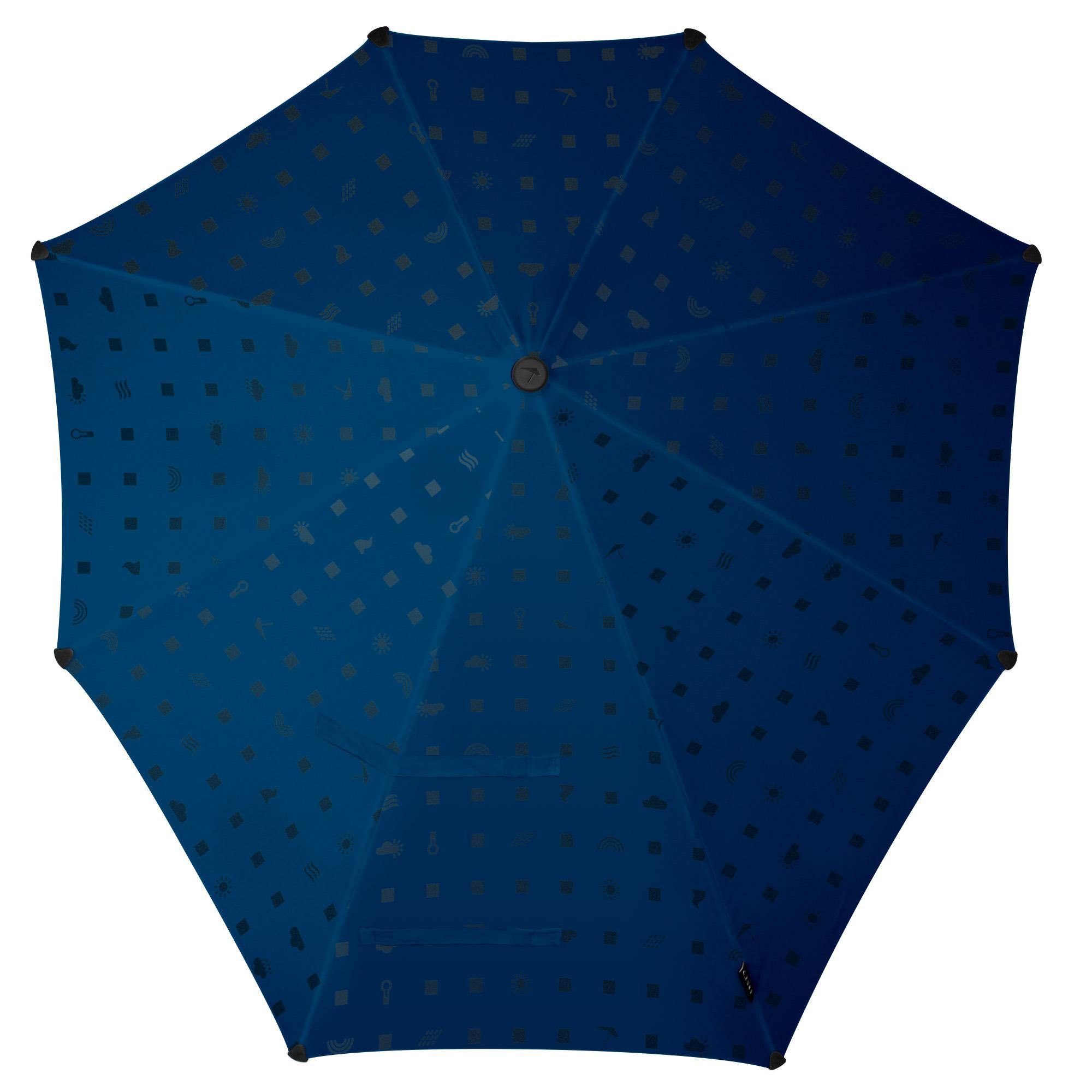 Зонт Senz, цвет: синий. 20110622011062Инновационный противоштормовый зонт, выдерживающий любую непогоду. Входит в основную коллекцию бренда, которая состоит из бестселлеров прошлых лет и успешных новинок прошедшего сезона. Форма купола продумана так, что вы легко найдете самое удобное положение на ветру – без паники и без борьбы со стихией. Закрывает спину от дождя. Благодаря своей усовершенствованной конструкции, зонт не выворачивается наизнанку даже при сильном ветре. Модель Senz Original выдержала испытания в аэротрубе со скоростью ветра 100 км/ч. Характеристики: - тип — трость - выдерживает порывы ветра до 100 км/ч - УФ-защита 50+ - удобная мягкая ручка - безопасные колпачки на кончиках спицах - принт со светоотражающими элементами - в комплекте прочный чехол из плотной ткани с лямкой на плечо - гарантия 2 года Размер купола: 90 х 87 см, длина в сложенном виде - 79 см. Весит 440 г.