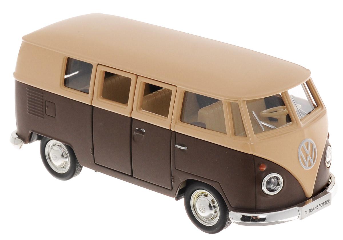 Uni-Fortune Toys Модель автобуса Volkswagen T1 Transporter цвет бежевый коричневый554025M(I)Стильная модель автобуса Uni-Fortune Toys Volkswagen T1 Transporter привлечет внимание не только ребенка, но и взрослого. Модель является точной уменьшенной копией пассажирского автобуса компании Volkswagen в масштабе 1/32. Корпус автобуса выполнен из металла и пластика. Модель оснащена инерционным механизмом. Чтобы привести игрушку в движение, необходимо отвести ее назад, затем отпустить - и она быстро поедет вперед. Прорезиненные колеса обеспечивают надежное сцепление с любой поверхностью пола. Двери автобуса открываются. Такая замечательная модель компактного размера позволит ребенку разыграть множество игровых ситуаций.