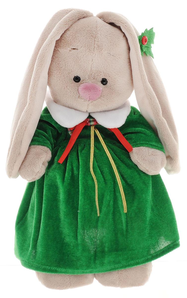 Мягкая игрушка Зайка Ми в рождественском платье 25 смStS-157Мягкая игрушка Зайка Ми подарит малышу немало прекрасных мгновений. Мягкая игрушка изготовлена на основе сказочных образов двух зайчиков. Зайки Мика и Мия похожи друг на друга, как две пуговки на одной рубашке. Поэтому все зовут их ЗайкаМи. Эти милые зайки необыкновенно творческие натуры и ни минуты не сидят без дела. Выбери своего Зайку, или собери их несколько вместе! Волшебство Рождества захватило Зайку Ми. Какой прекрасный праздник - добрый, домашний, красивый и вкусный! Сколько подарков ожидает найти малышка рождественским утром под елкой! Правда, мама предупреждала, что подарки получают только послушные зайки, которые весь год ведут себя хорошо. Но для Зайки Ми это точно не препятствие! Послушнее и прилежнее зайки во всем заячьем королевстве не найти! Никто не ставит этот факт под сомнение. А потому Зайка Ми ждет Рождество и готовится к нему. Вот и платье уже сшили. Обратите внимание на украшение из остролиста на ушке. Зайка Ми сама его делала, собственными...