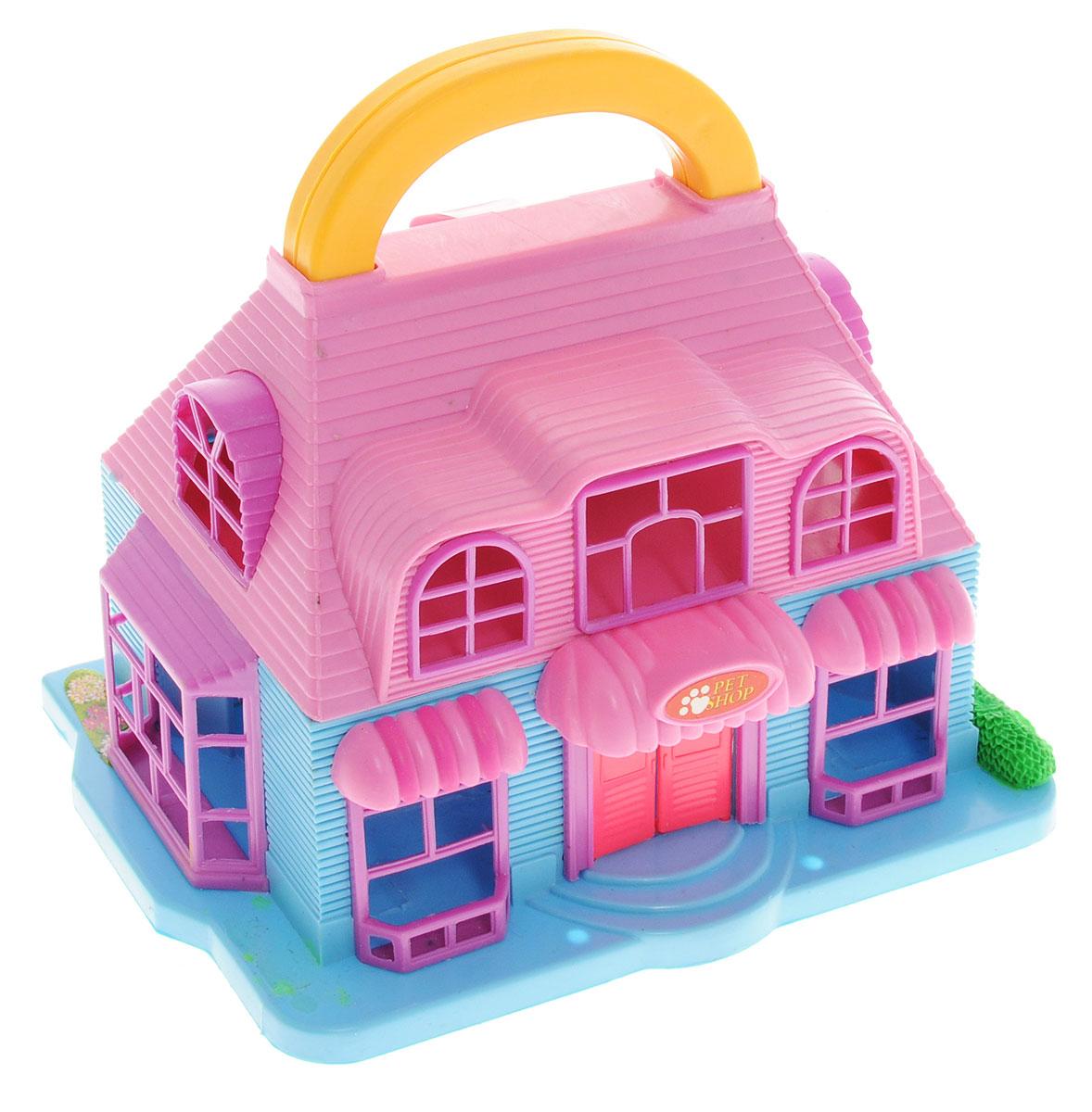 ABtoys Дом для кукол Pet ShopPT-00228_ Pet Shop розовый, голубойДомик для кукол Pet Shop с удобной ручкой для переноски просто необходима для веселой жизни куколок! Домик выполнен из прочного безопасного пластика. Дом имеет красивый фасад с вывеской «Pet Shop», большие окна и открывающиеся двери. Строение дополнено откидным балконом и площадкой с бассейном. В наборе имеются две фигурки людей, фигурки животных и множество аксессуаров, которыми можно обустроить школьный класс. Набор поможет детям представить себя в роли дизайнера, занимающегося обстановкой и декором помещения для любимой куколки и ее животных, а также станет главным атрибутом для увлекательных сюжетно-ролевых игр. Такой набор непременно придется по душе вашему ребенку. Порадуйте свою принцессу таким замечательным подарком!