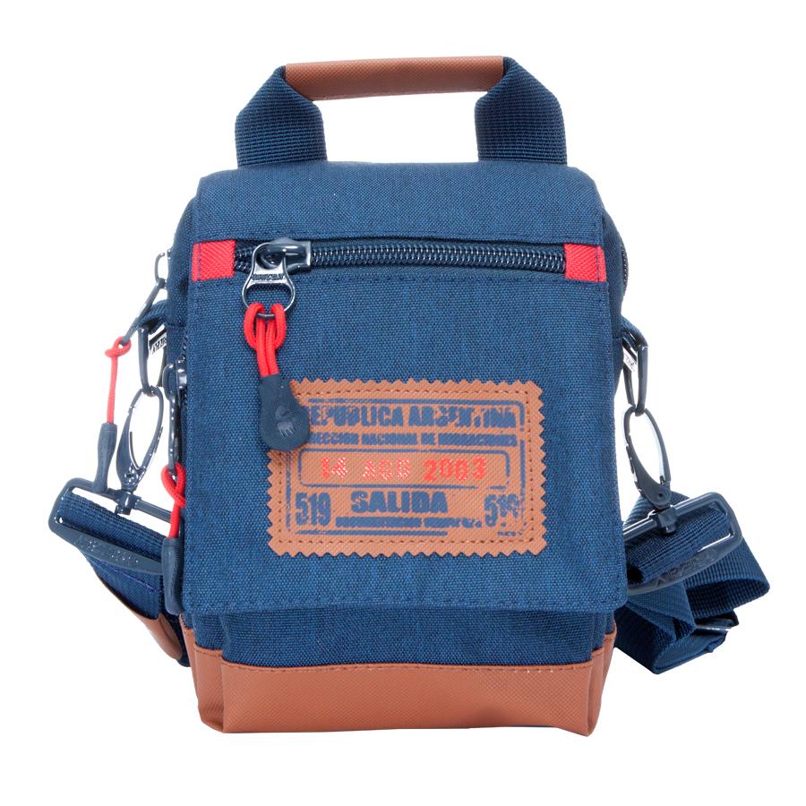 Сумка молодежная Grizzly, цвет: синий. 3 л. МS-614-4/1МS-614-4/1Молодежная сумка, одно отделение, клапан на магнитных кнопках с карманом на молнии, объемный передний карман на молнии, задний карман на молнии, дополнительная ручка-петля, съемный регулируемый плечевой ремень, шлевка для ношения на поясном ремне