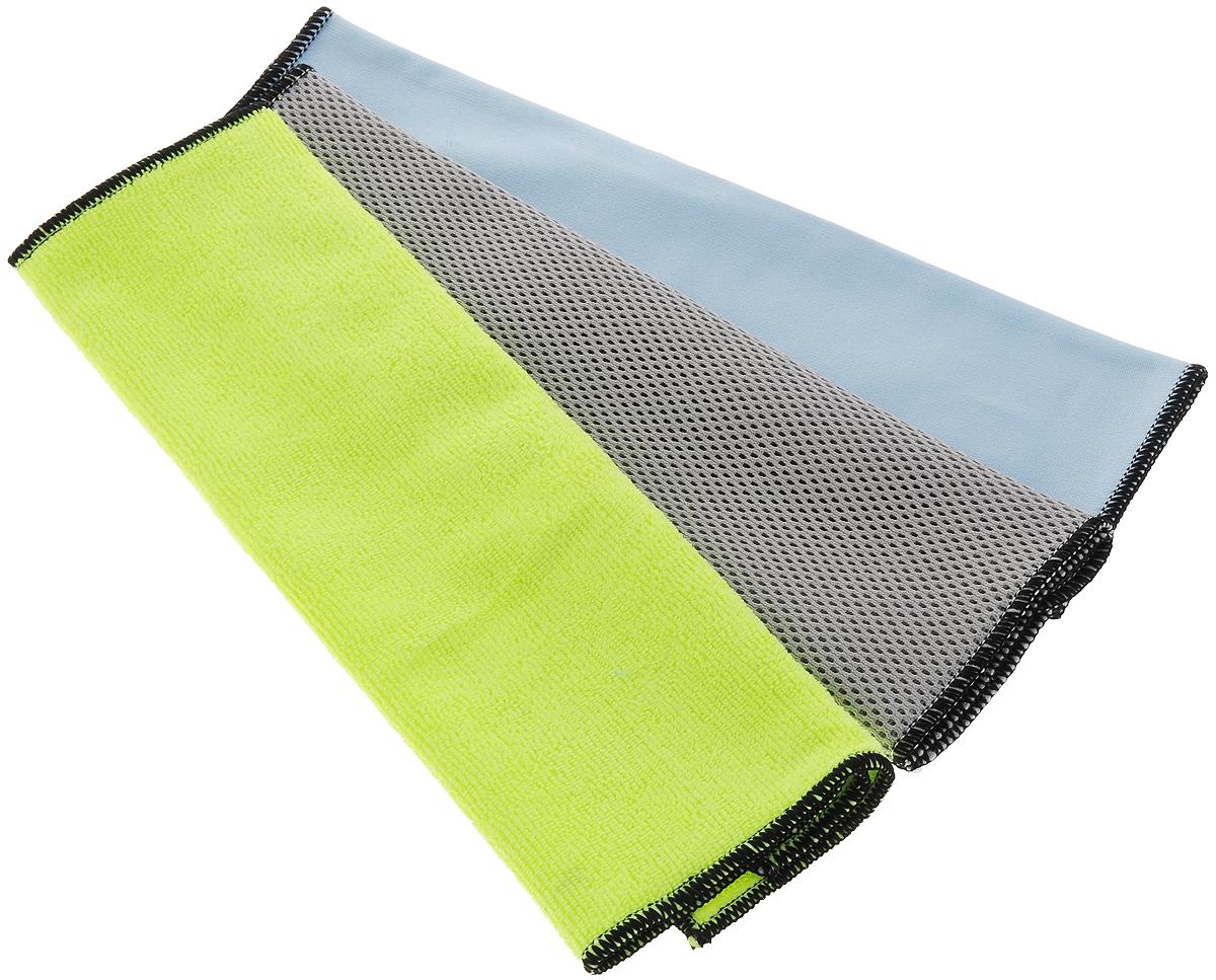 Набор салфеток для мытья и чистки экстерьера и интерьера автомобиля Runway Racing, 36 х 36 см, 3 штRR8012Набор многофункциональных салфеток Runway Racing выполнен из высококачественной микрофибры. Микрофибровое полотно удаляет грязь с поверхности намного эффективнее, быстрее и значительно более бережно в сравнении с обычной тканью, что существенно снижает время на проведение уборки, поскольку отсутствует необходимость протирать одно и то же место дважды. Набор обладает уникальной способностью быстро впитывать большой объем жидкости. Салфетки из микрофибры в сухом виде притягивают к себе пыль, чистят и полируют поверхность, в увлажненном виде они способны очищать сильные загрязнения и жировой налет. Желтая салфетка - для мытья кузова автомобиля или для удаления пыли. Серая - для удаления стойкой грязи с кузова автомобиля. Синяя – для мытья стекол автомобиля. Безопасно использовать на самых деликатных поверхностей. Размер салфетки: 36 х 36 см. Набор салфеток для мытья и чистки экстерьера и интерьера автомобиля