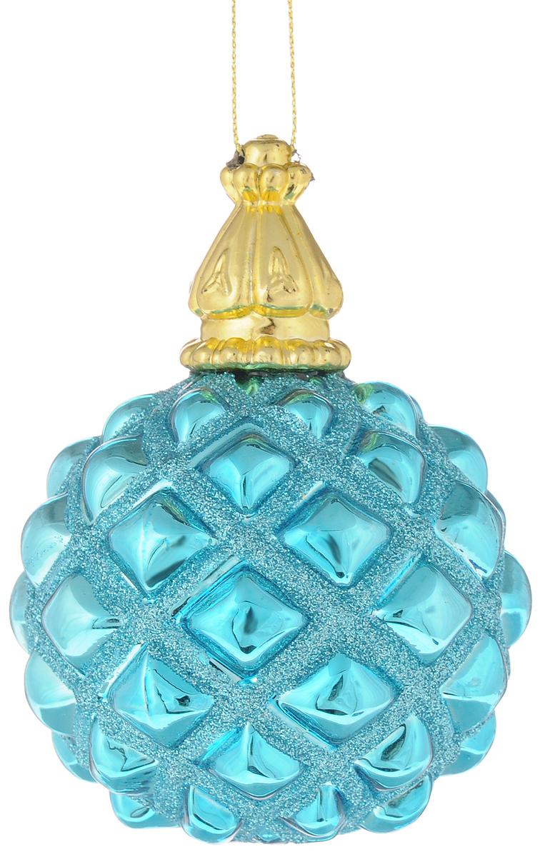 Украшение новогоднее подвесное Magic Time Королевский лазурный, диаметр 8 см42348Новогоднее подвесное украшение Magic Time Королевский лазурный выполнено из высококачественного стекла в форме шара и оформлено изящным рельефным рисунком с блестками. С помощью специальной петельки украшение можно повесить в любом понравившемся вам месте. Но удачнее всего такая игрушка будет смотреться на праздничной елке. Елочная игрушка - символ Нового года и Рождества. Она несет в себе волшебство и красоту праздника. Создайте в своем доме атмосферу веселья и радости, украшая новогоднюю елку нарядными игрушками, которые будут из года в год накапливать теплоту воспоминаний.