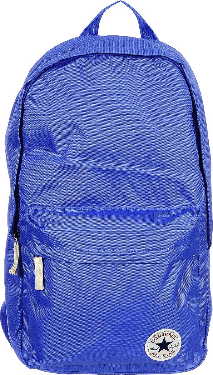 Рюкзак городской Converse Core Poly Backpack, цвет: синий. 1000265148410002651484Стильный рюкзак Converse Core Poly Backpack понравится вам с первого взгляда. Он выполнен из высококачественного плотного полиэстера и оформлен фирменной нашивкой. На лицевой стороне расположен удобный накладной карман на молнии. Внутри расположено главное вместительное отделение, которое закрывается на застежку-молнию. Также внутри находится отделение с уплотненной стенкой для ноутбука, закрывающееся хлястиком на застежку-липучку. Рюкзак оснащен удобными лямками регулируемой длины и ручкой для переноски в руке. Такой практичный рюкзак станет незаменимым аксессуаром в вашем гардеробе.