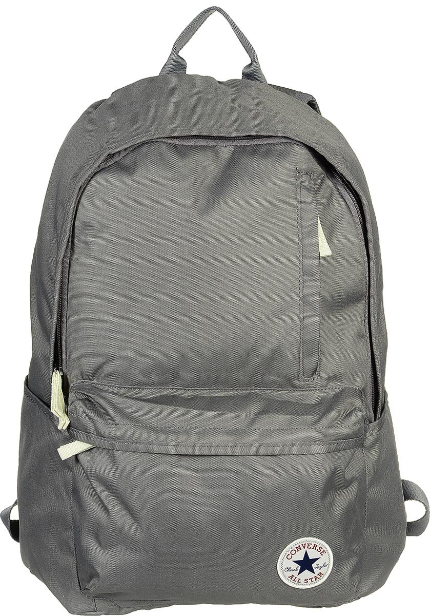 Рюкзак городской Converse Original Backpack (Core), цвет: серый. 1000265201010002652010Стильный рюкзак Converse понравится вам с первого взгляда. Он выполнен из высококачественного плотного полиэстера и оформлен фирменной нашивкой. На лицевой стороне расположен удобный накладной карман на молнии и один вертикальный вшитый карман на молнии. Рюкзак оснащен двумя боковыми карманами для бутылок с водой. Изделие закрывается на застежку-молнию. Внутри расположено главное вместительное отделение, которое содержит вшитый карман на молнии для мелочей. Также внутри находится отделение с уплотненной стенкой для ноутбука, закрывающееся хлястиком на застежку-липучку. Такой практичный рюкзак станет незаменимым аксессуаром в вашем гардеробе.
