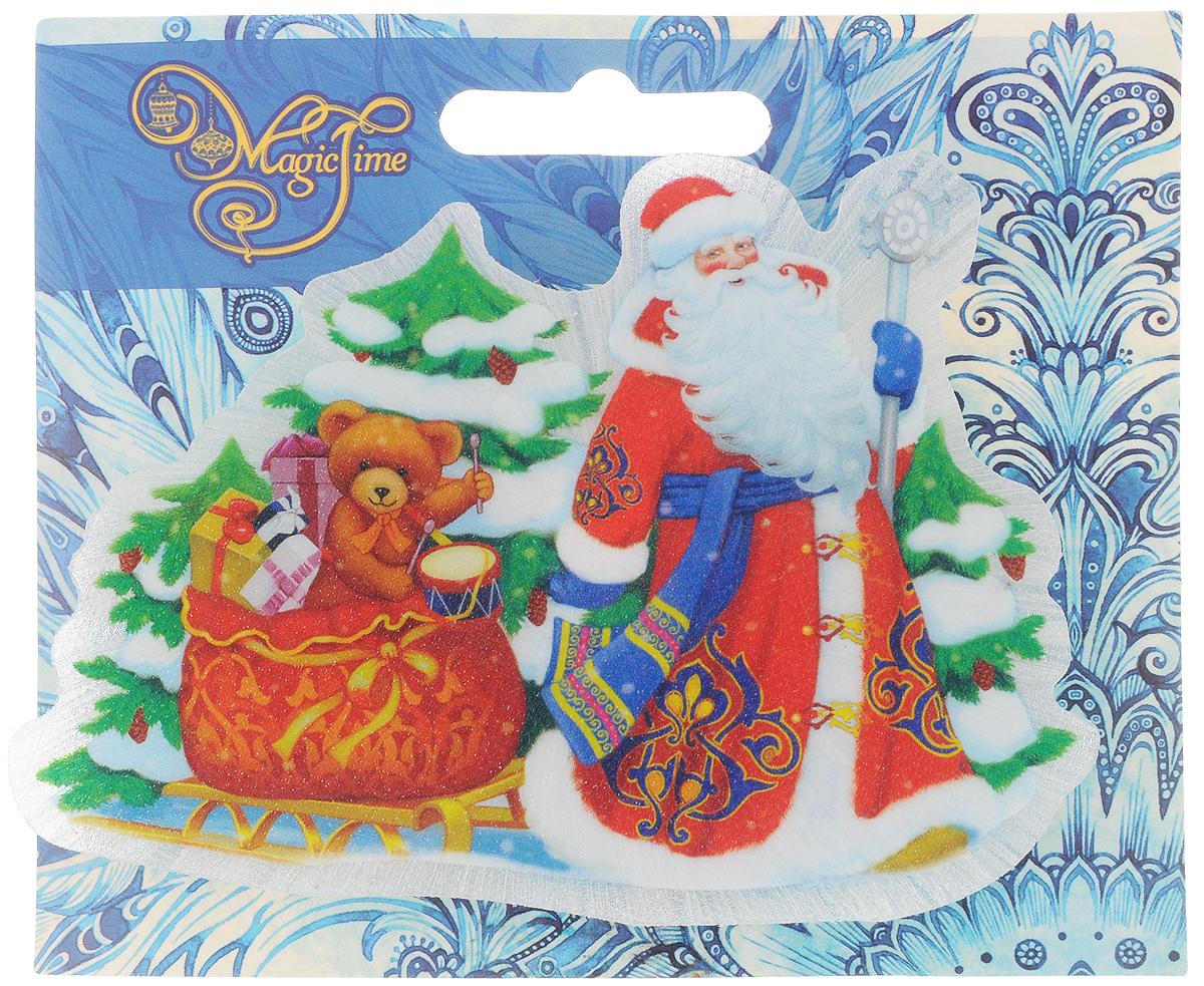 Украшение новогоднее Magic Time Дед Мороз и медвежонок, со светодиодной подсветкой, 12 x 8 x 3 см42201Оригинальное новогоднее украшение Magic Time Дед Мороз и медвежонок выполнено из ПВХ. С помощью специальной вакуумной присоски украшение можно прикрепить почти на любую плоскую поверхность. Светодиодная подсветка создаст атмосферу волшебства и ощущение праздника. Такой сувенир оформит ваш интерьер в преддверии Нового года и создаст атмосферу уюта. Размер: 12 x 8 x 3 см; Элемент питания: LR44; Мощность: 0,06 Вт; Напряжение: 3 В.