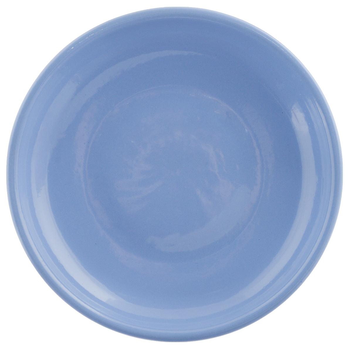 Тарелка Борисовская керамика Радуга, цвет: голубой, диаметр 18 смРАД00000458_голубойТарелка Борисовская керамика Радуга, изготовленная из глины, имеет изысканный внешний вид. Лаконичный дизайн придется по вкусу и ценителям классики, и тем, кто предпочитает утонченность. Такая тарелка идеально подойдет для сервировки стола, а также для запекания вторых блюд в духовке. Тарелка Борисовская керамика Радуга впишется в любой интерьер современной кухни и станет отличным подарком для вас и ваших близких. Можно использовать в микроволновой печи и духовке. Диаметр (по верхнему краю): 18 см.