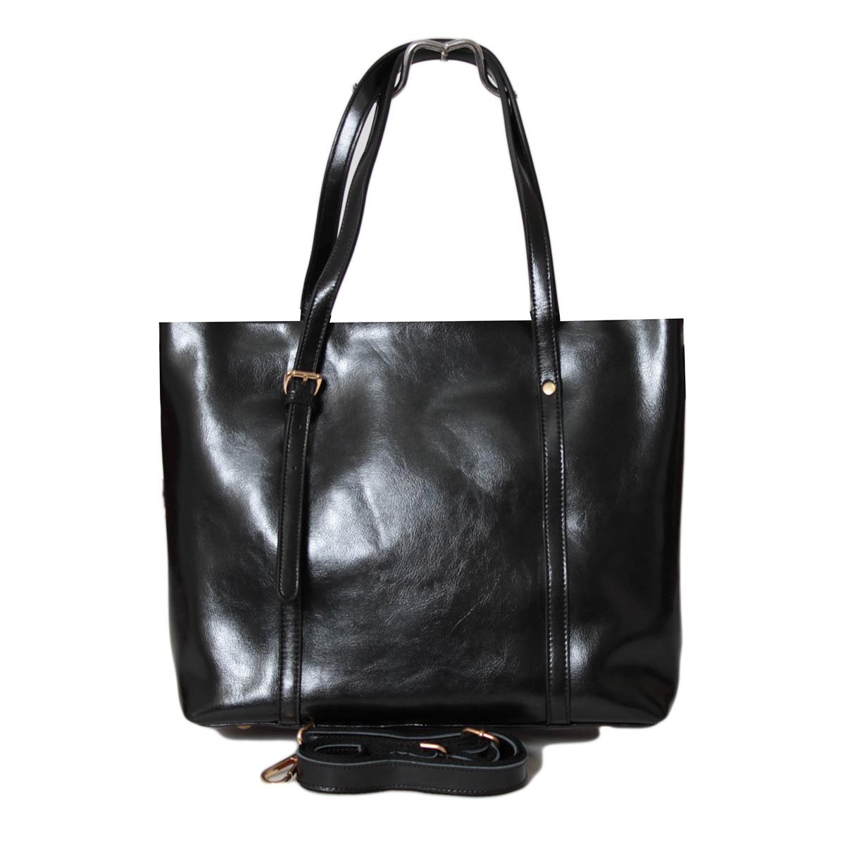 Сумка женская Flioraj, цвет: черный. 0005246500052465Закрывается на молнию. Есть боковой открытый карман, внутри два отделения, два открытых кармана и карман на молнии. Высота ручки 20 см.
