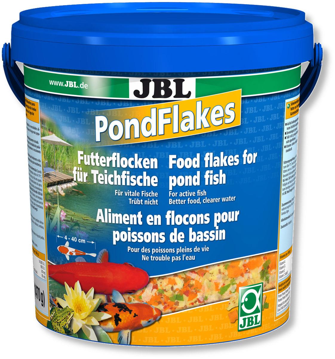 Корм JBL Pond Flakes для прудовых рыб, в форме хлопьев, 1,47 кг (10,5 л)JBL4019900Основной корм JBL Pond Flakes предназначен для всех прудовых рыб от 4 до 40 см в длину. Смесь различных высокоценных и легкоусваиваемых хлопьев, которая составлена с учетом питательных потребностей большинства рыб, обитающих в садовом пруду, в теплое время года. Корм содержит все необходимые компоненты полноценного питания, такие как белок, углеводы, пищевые волокна, и жир в сбалансированном соотношении. Плавающие хлопья охотно поглощаются рыбами всех размеров. Жизненно важные витамины укрепляют иммунитет. Рекомендации по кормлению: в теплое время года 1-2 раза в день столько корма, сколько может быть съедено в течении 10 минут. Состав: рыба и рыбные побочные продукты, растительные побочные продукты, овощи, злаки, моллюски и ракообразные. Анализ: белок - 12%, жир - 2%, клетчатка - 1%, зола - 1,5%. Содержание витаминов на 1 кг: Витамин А 14000 IE, Витамин D3 900 IE, Витамин Е 80 мг, Витамин С 90 мг. Товар...