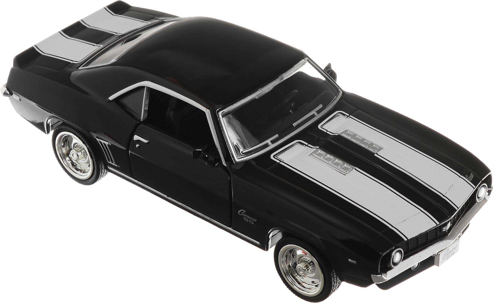 Рыжий Кот Модель автомобиля Chevrolet Camaro SSИ-1236_черныйМодель автомобиля Рыжий Кот Chevrolet Camaro SS будет отличным подарком как ребенку, так и взрослому коллекционеру. Благодаря броской внешности, а также великолепной точности, с которой создатели этой модели масштабом 1:32 передали внешний вид настоящего автомобиля, машинка станет подлинным украшением любой коллекции авто. Машинка будет долго служить своему владельцу благодаря металлическому корпусу с элементами из пластика. Двери машины открываются. Прорезиненные шины обеспечивают отличное сцепление с любой поверхностью пола. Машинка оснащена инерционным механизмом: достаточно немного отвести машинку назад, а затем отпустить, и она быстро поедет вперед. Модель автомобиля Рыжий Кот Chevrolet Camaro SS обязательно понравится вашему ребенку и станет достойным экспонатом любой коллекции.