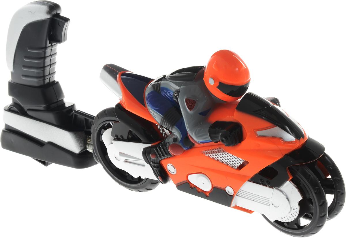 Big Motors Мотоцикл Гонщик цвет оранжевый6009A_оранжевыйМотоцикл Big Motors Гонщик будет отличным подарком юному любителю высоких скоростей. Пусковое устройство внешне похоже на джойстик с трубкой, на которую намотана пружина, и крючком. На задней части мотоцикла есть отверстие: к нему присоединятся трубка (происходит сжатие пружины), и фиксируется крючок. Джойстик с мотоциклом размещается на поверхности (для корректной работы игрушки - желательно на твердой ровной поверхности без коврового покрытия), после чего нажимается кнопка на джойстике, и мотоцикл едет. Мотоцикл разгоняется на 7-8 метров.