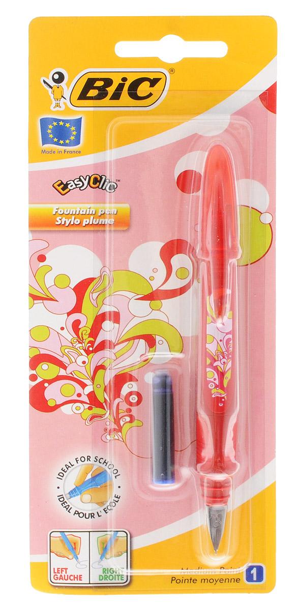 Bic Ручка перьевая Easy Click Classic цвет корпуса красныйB8794113Перьевая ручка Easy Click Classic в эргономичном пластиковом корпусе станет отличным подарком, как школьнику, так и взрослому человеку. Перо из стали обеспечивает равномерную подачу чернил. Стальной иридиевый пишущий узел позволяет чертить линии толщиной 0,5 мм. Ручка дополнена колпачком с удобным клипом. Ручка одинаково удобна для письма как левой, так и правой рукой. Ручка снабжена инновационной удобной системой замены картриджа. В комплекте с ручкой имеется картридж с синими чернилами.