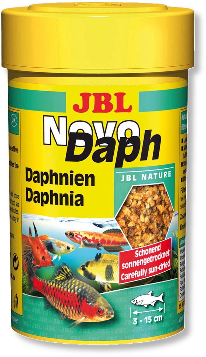 Корм JBL NovoDaph для всех видов рыб, 100 мл (15 г)JBL3070000Корм JBL NovoDaph представляет собой идеальное дополнение в меню для всех аквариумных рыб и содержит благодаря сушке под солнцем все питательные вещества живого корма. Корм охотно поедается даже очень разборчивыми видами рыб. Высокое содержание балластного вещества (хитина) стимулирует пищеварение. Идеальный размер корма для рыб от 3 до 15 см. Рекомендуется кормить ежедневно по нескольку раз, но маленькими порциями, которые съедаются в течение нескольких минут. Состав: белки 50%, жиры 10%, клетчатка 2%, зола 18%, моллюски и ракообразные 100%. Вес: 15 г. Товар сертифицирован.