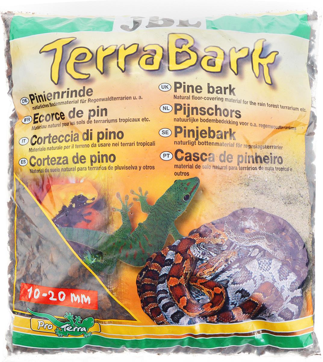 Грунт для террариума JBL TerraBark, из коры пинии, 10-20 мм, 5 лJBL7102000Натуральный грунт JBL TerraBark предназначен специально для оформления террариумов. Изделие готово к применению. Донный субстрат подходит для влажных и полувлажных тропических террариумов. Не содержит пестицидов. Обладает свойствами регулирования влажности воздуха в террариуме. Изготовлен из коры пинии, которая ценится специалистами за высокое содержание эфирных масел, которые делают субстрат непроницаемым для микроорганизмов и устойчивым к грибкам. Грунт JBL TerraBark порадует начинающих любителей природы и самых придирчивых дизайнеров, стремящихся к созданию нового, оригинального. Такая декорация придутся по вкусу и обитателям террариумов, которые ещё больше приблизятся к природной среде обитания. Фракция: 10-20 мм. Объем: 5 л.