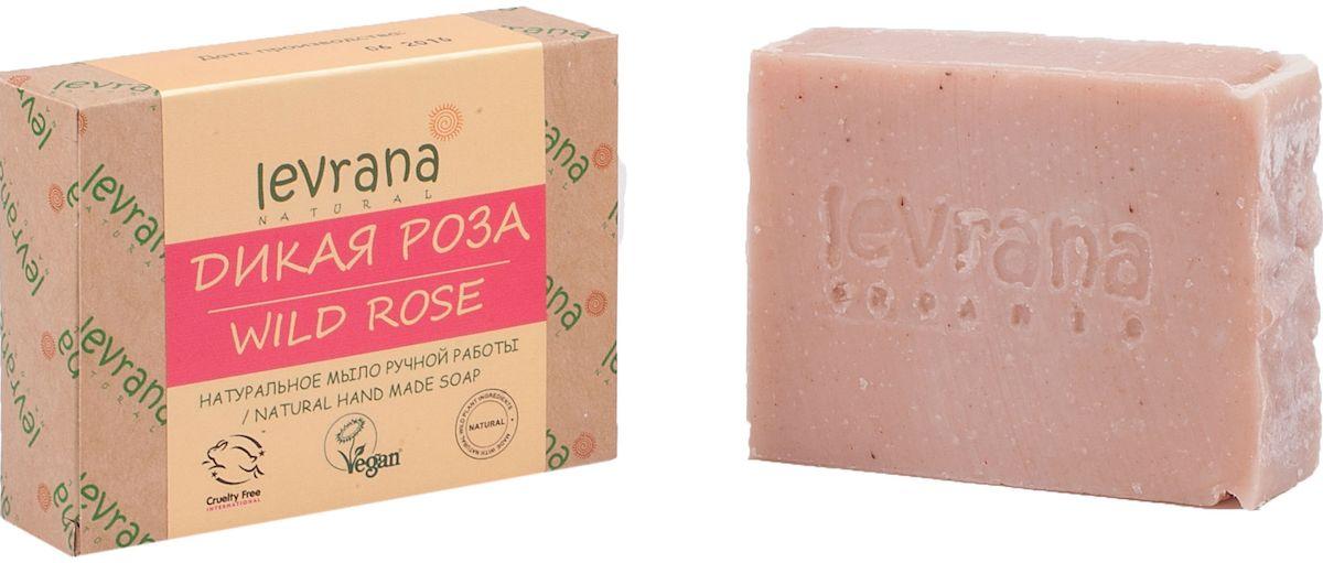 Levrana Натуральное мыло ручной работы Роза, 100 гNHMS16Натуральное мыло очень бережно очищает кожу лица и тела. Ежедневное умывание позволит вам избавиться от сальности, вы забудете что такое проблемная Т-зона. Натуральное мыло ручной работы сделано только на растительных маслах, и обогащено экстрактами растений и ягод.