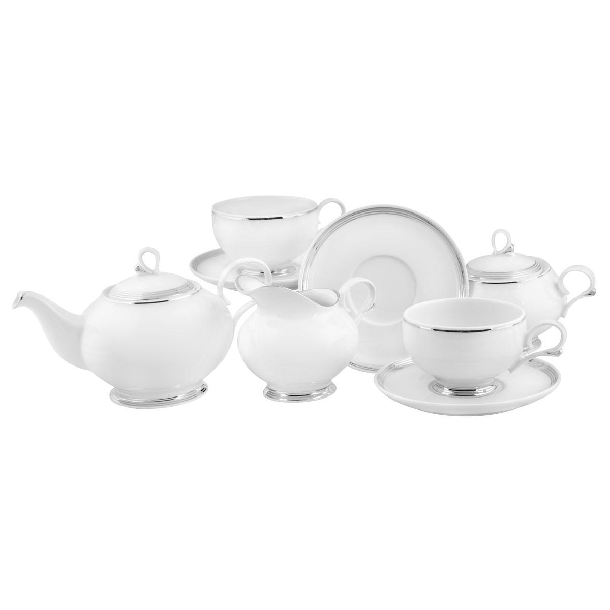 Сервиз чайный Башфарфор Серебряная нить, 15 предметовСЧН 34.15.01.Ж125Сервиз чайный из белого фарфора рассчитан на 6 персон. Тонкий белый фарфор украшен серебрянным орнаментом. Удобная, практичная, легкая посуда, подходит и для особых случаев и на каждый день.В состав набора входит: чашка 250мл 6 шт, блюдце 14,5см 6 шт, сахарница 300мл 1шт, чайник 600мл 1 шт, Молочник 250мл 1шт.