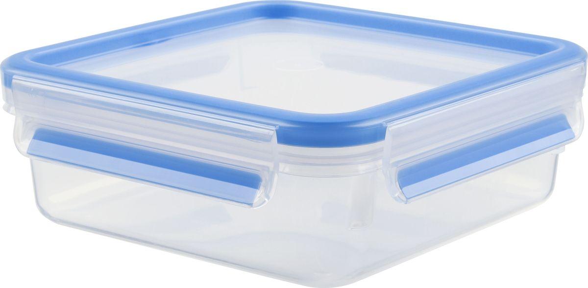 Контейнер пищевой Emsa Clip&Close, 0,85 л508536Контейнер Emsa Clip&Close изготовлен из высококачественного антибактериального пищевого пластика, имеющего сертификат BPA-free, который выдерживает температуру от -40°С до +110° С, не впитывает запахи и не изменяет цвет. Это абсолютно гигиеничный продукт, который подходит для хранения даже детского питания. 100% герметичность - идеально не только для хранения, но и для транспортировки пищи. Герметичность достигается за счет специальных силиконовых прослоек, которые позволяют использовать контейнер для хранения не только пищи, но и жидкости. В таком контейнере продукты долгое время сохраняют свою свежесть - до 4-х раз дольше по сравнению с обычными, в том числе и вакуумными контейнерами. 100% гигиеничность - уникальная технология применения медицинского силикона в уплотнителе крышки: никаких полостей - никаких микробов. Изделие снабжено крышкой, плотно закрывающейся на 4 защелки. 100% удобство - прозрачные стенки позволяют просматривать содержимое,...