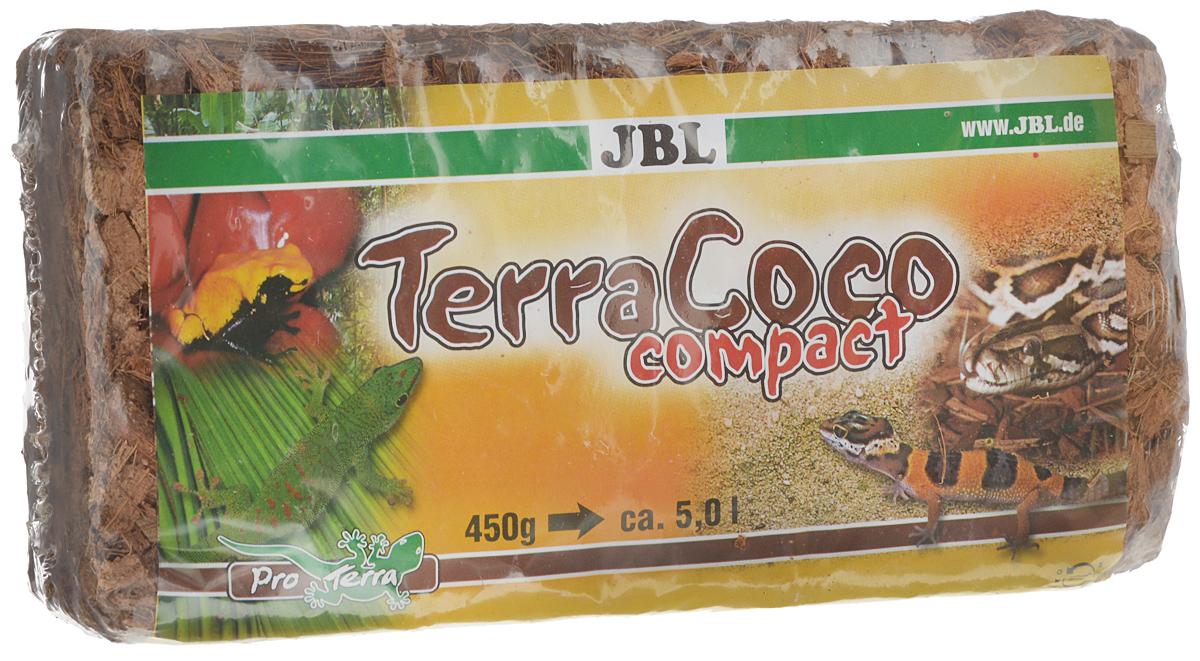 Кокосовая стружка JBL TerraCoco Compact, спрессованная в брикет, 500 гJBL7102500JBL TerraCoco Compact - субстрат из кокосовой стружки для очень влажных тропических террариумов. Кокосовая стружка - очень влагоёмкий субстрат. Этот грунт хорошо впитывает и отдает влагу. Отлично подходит для содержания амфибий и тропических рептилий. Роющие и норные животные также будут хорошо себя чувствовать в террариуме с таким субстратом. Кокосовая стружка легко копается, не пылит и не травмирует животное при рытье. Грунт легко подготавливается, достаточно залить содержимое брикета 3 литрами воды, настоять и просушить. В итоге получается 5 л кокосовой стружки.
