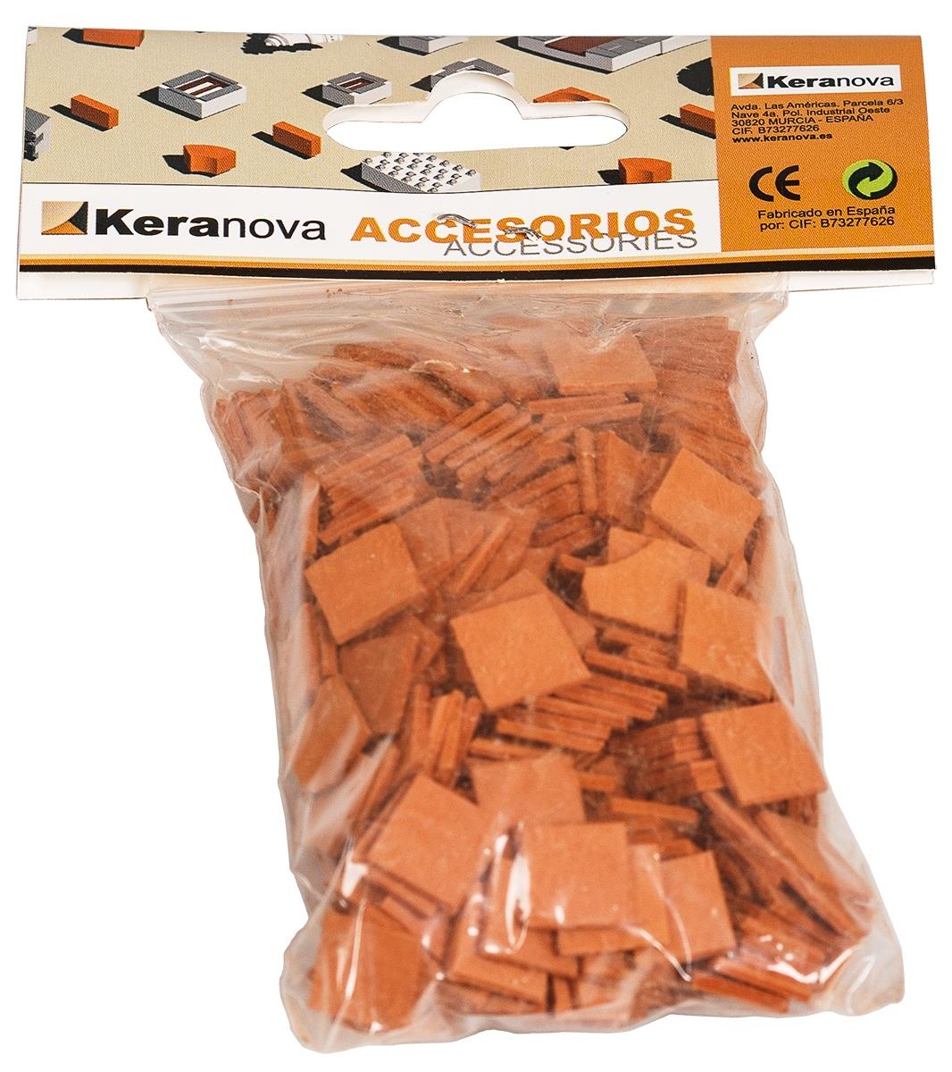 Keranova Конструктор Черепица30804Наборы для создания архитектурных миниатюр Keranova позволяют в полной мере почувствовать себя создателем архитектурных сооружений. Исторические и современные строения, средневековые замки и домики, башни, мельницы, мосты, береговые маяки — вы можете построить сами и украсить миниатюру по своему желанию. Это невероятно захватывающее занятие для вас и вашего ребенка. В ассортименте представлены модели с разным уровнем сложности. Высокое качество натуральных материалов, достоверность моделей, а также возможность создания миниатюры по своему проекту создают уникальную возможность для реализации творческого начала вне зависимости от возраста и опыта. Сборка наборов способствует развитию мелкой моторики, пространственного мышления, внимания, аккуратности, усидчивости. Также при сборке моделей закладываются основы конструирования. Конструкторы разработаны и изготовлены в Испании в соответствии с обязательными нормами и требованиями к детским товарам с высочайшим европейским качеством и...