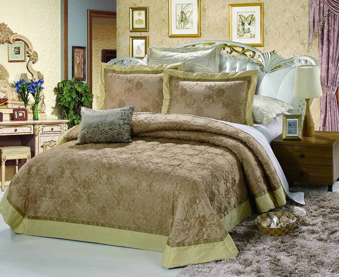 Комплект для спальни Cleo Аманда: покрывало 230 х 250 см, 2 наволочки 50 х 70280/004-PHИзысканный комплект для спальни состоит из покрывала и двух наволочек. Изделия выполнены из хлопка и вискозы, легкие, прочные и износостойкие. Размер покрывала: 230 х 250 см. Размер наволочки: 50 х 70 см.