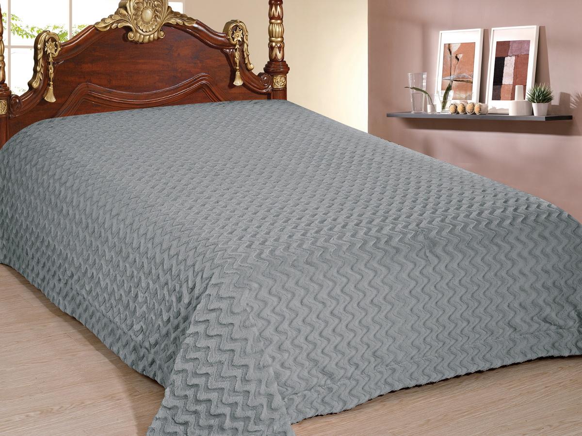 Покрывало Cleo Волна, цвет: серый, 220 x 240 см210/88-TZПокрывало Cleo из искусственного меха порадует вас своим дизайном и качеством исполнения. Покрывала из искусственного меха (акрил) универсальны в использовании: их можно положить на кровать для украшения интерьера, использовать вместо одеяла или пледа, как накидку на кресло или диван, оно также может заменить на полу шкуру животного. Современные технологии позволяют делать ворс разной длины, фактуры и цвета, что делает коллекцию реалистичной визуально и тактильно. Такие меховые покрывала обладают рядом преимуществ: они износостойкие, не теряют форму, не выгорают и не садятся при стирке, стираются легко, сохнут быстро. Акрил является синтетическим материалом, в нем не живут микроорганизмы, поэтому он гипоаллергенный. Оригинальное меховое покрывало стильно дополнит интерьер спальни и сохранит безупречный внешний вид на долгие годы. Покрывала Cleo - это экологичность и стиль.