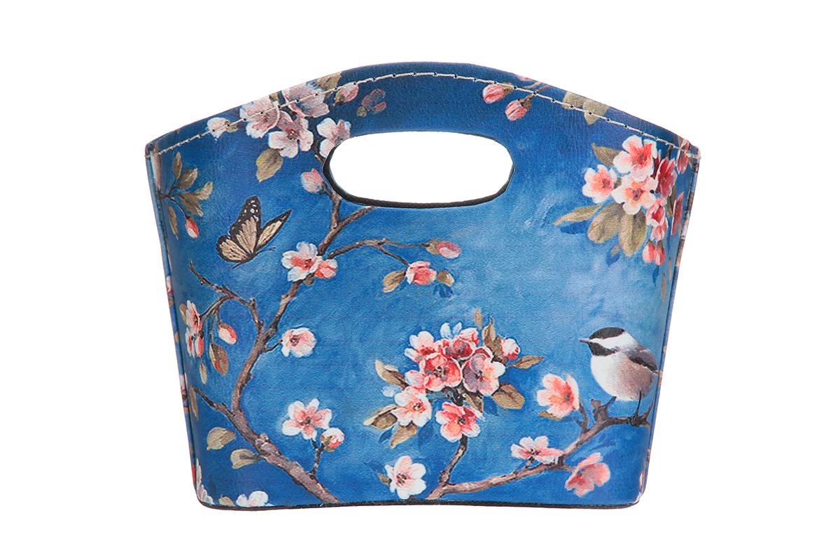 Сумка для хранения El Casa Птица в сакуре, 20 х 11 х 16 см171495Интерьерная сумка El Casa Птица в сакуре, выполненная в винтажном стиле, будто специально предназначена для хранения любовных писем и любых других дорогих сердцу вещей. Благодаря прекрасному дизайну и необычной форме будет отлично смотреться в вашей гостиной или коридоре. Сумка El Casa Птица в сакуре станет отличным подарком для ваших друзей и близких.