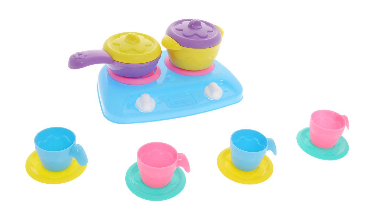 Нордпласт Игрушечный набор посуды Шкода цвет плиты голубойШКД03Игрушечный набор посуды Шкода включает в себя кухонные принадлежности и электроплитку. В набор входят: плита, сковородка с крышкой, кастрюлька с крышкой, 4 чашки и 4 блюдца. Переключатели на игрушечной плите поворачиваются. Используя посуду, ребенок сможет готовить игрушечную еду. С данным набором можно освоить азы такого интересного занятия, как приготовление пищи. Во время игры любая девочка старается подражать маме. Набор посуды поможет создать игровую среду, в которой она сможет почувствовать себя хозяйкой. Размер предметов позволяет пригласить к столу, как любимую куклу, так и свою подружку. Все предметы набора выполнены из качественных и безопасных материалов.