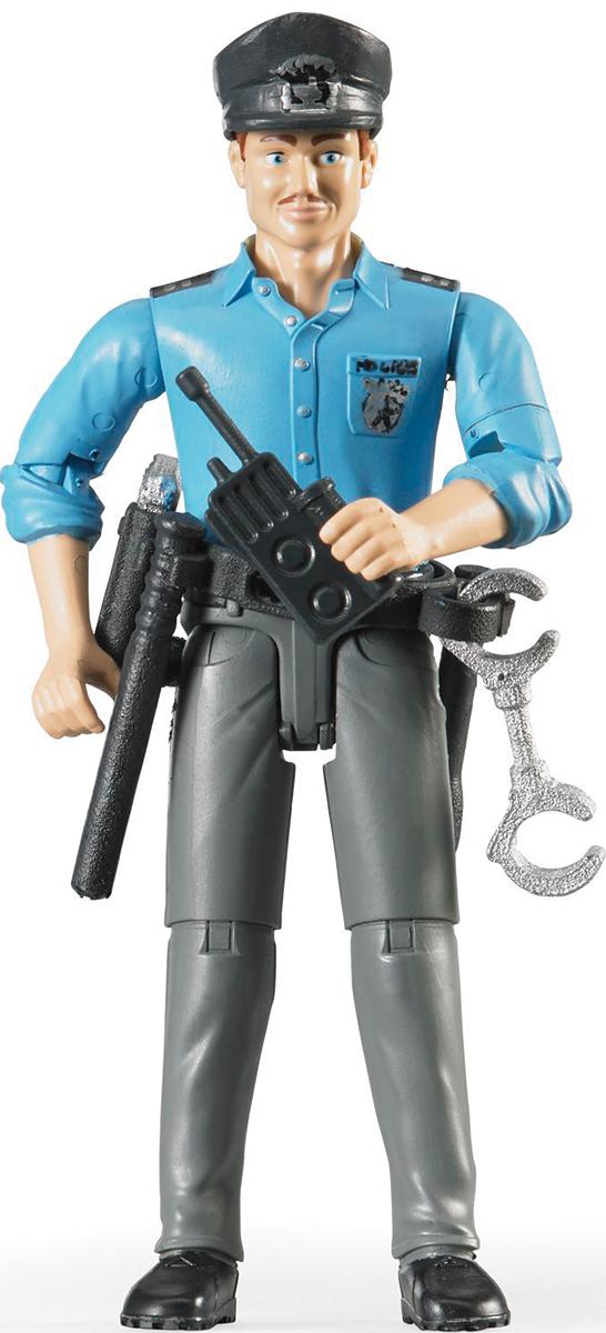 Bruder Фигурка Полицейский60-050Реалистичная фигурка полицейского Bruder представляет собой молодого человека в форме работника полиции. На нем надета голубая рубашка с закатанными до локтей рукавами и серые брюки с поясом. На поясе у него дубинка, фонарик, пистолет, наручники, рация, а в руках рация. Игрушка может удерживать различные предметы, а также держаться за руль автомобилей Bruder. Во время игры ваш ребенок научится ценить чужой труд и узнает как работают правоохранительные органы. Играя, малыш научится быть любознательным и внимательным, разовьет фантазию и образное мышление.